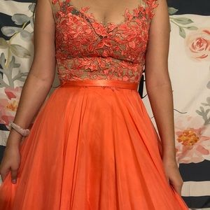 Peach Sherri Hill Formal / Prom Dress